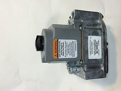 Honeywell Dual Combination Gas Valve. Vr8205 A2024 24v 12 Inches Inlet Oulet