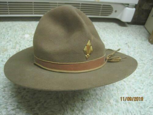 Vintage felt wool Boy Scout Campaign Hat with gold tone emblem