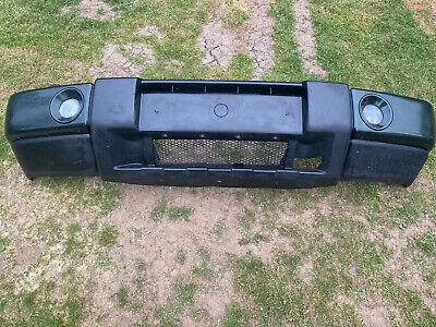 Genuine Land Rover Discovery 2 TD5 V8 Facelift Front Bumper Green Fog Lights
