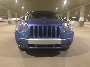2007 Jeep Compass Limited  4x4 leather seat