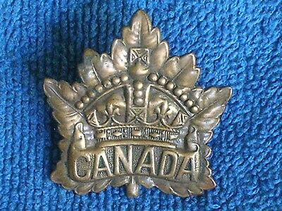 "WWI Canadian Stamped Brass ""Canada"" Maple Leaf Cap Badge/Excellent Condition"