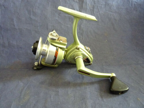 SUPERB LITTLE FISHED SCARCE SHAKESPEARE AMBIDEX SUPER 2401 REEL MADE IN JAPAN