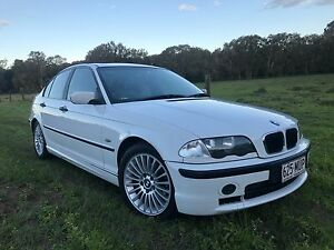 BMW 318i Auto 4cyl with Rego & RWC $4400