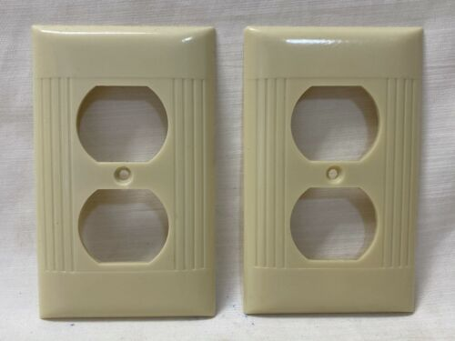 Excellent Pair Vintage Mid Century Ribbed Bakelite Sierra Electric Outlet Covers
