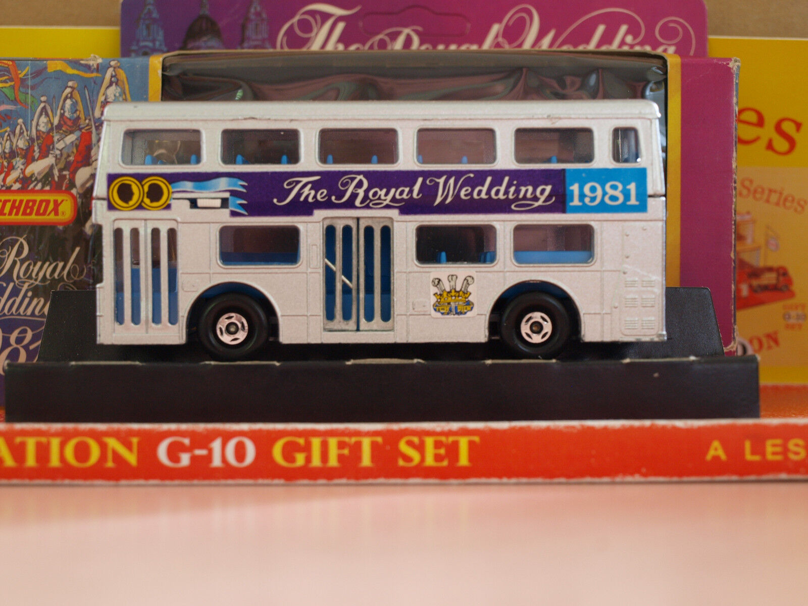 Vintage Matchbox Lesney SUPER KINGS K-15 The Londoner  The Royal Wedding 1981