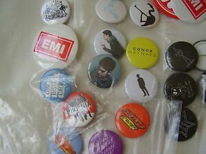 30x mixed lot of music industry promo button badges