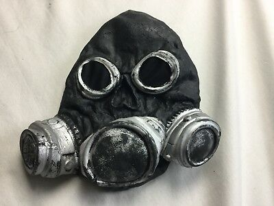 Black Zombie Biohazard Respirator Gas Mask For Halloween Fun - Biohazard Respirator Mask