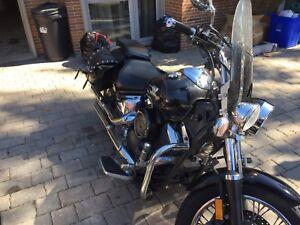 Yamaha Vstar custom 1100CC great condition