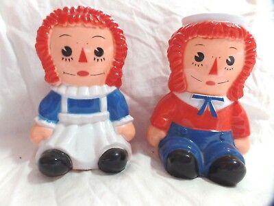 """Vintage 6 1/2"""" Raggedy Ann & Andy Plastic Piggy Bank set (1MCO)"""