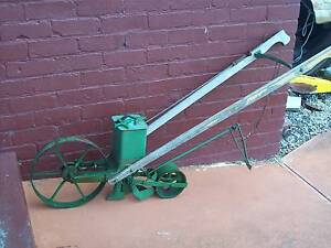 Senior hand seeder, farm machinery new condition Moonah Glenorchy Area Preview