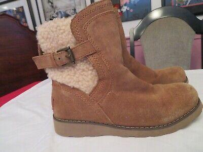 UGG Jayla Chestnut Suede Kids Boots 1005467K. Kids Youth Size US 3