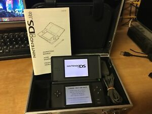 Nintendo DS Lite + Case and charger!