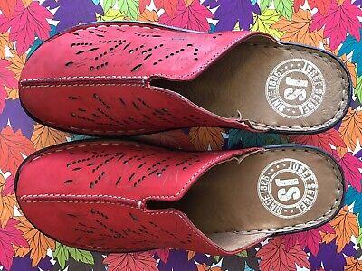 josef seibel size 8 colour red clog  jennifer