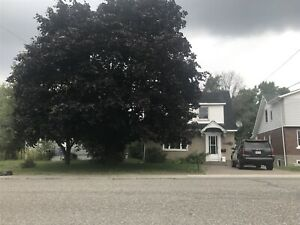 House for Rent Sudbury - Available May 01-19