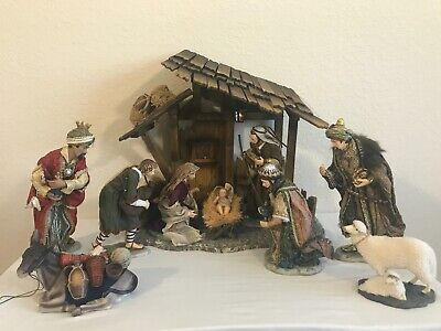 Members Mark 2006 Large Nativity Set Hand Painted Porcelain Fabric Light w Box