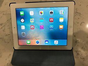 iPad 2 10 inch wifi + celluar Carina Brisbane South East Preview