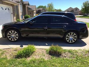 2013 CHRYSLER 300S****CLEAN****