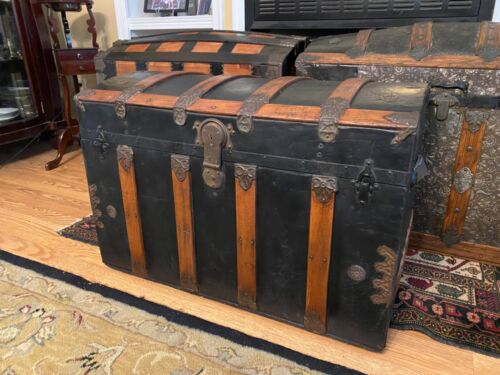 Antique Estate Dome Top Steamer Trunk Chest with Handles & Tray