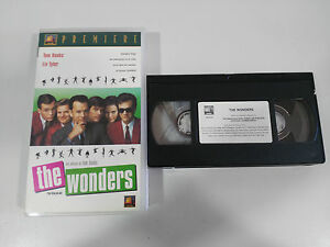 THE-WONDERS-THAT-THING-YOU-DO-TAPE-VHS-COLECCIONISTA-TOM-HANKS-LIV-TYLER
