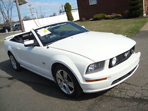 2007-Ford-Mustang-GT-Automatic-Convertible-Leather-White