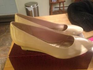 Size 7 tan coloured wedges