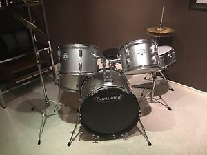 Beginners drum set great condition