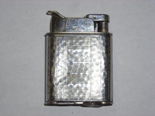 Vintage Evans Trig a lite Lighter  Wonderful Etched Pattern