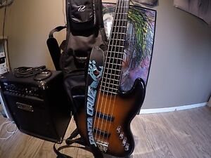 Squier Jazz bass Deluxe 5 cordes
