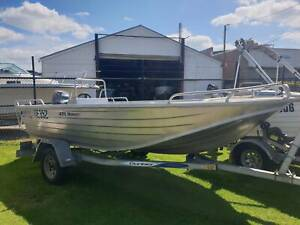 435 Hornet Quintrex, Dunbier trailer & 40hp Yamaha 4 stroke East Bunbury Bunbury Area Preview