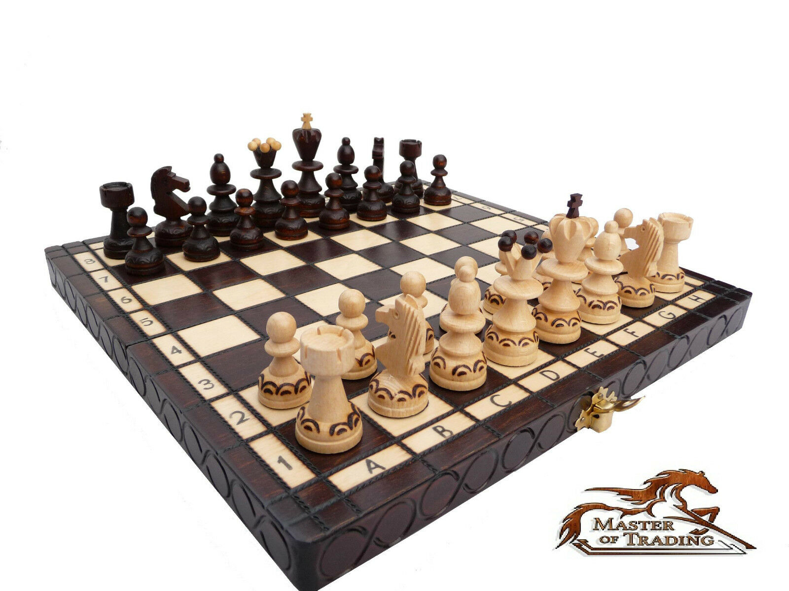 Beautiful 39 39 Pearl 39 39 Wooden Chess Set Burnt Ornaments On