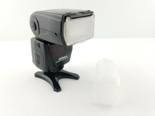 Nikon Speedlight SB-700 Shoe Mount Electronic Flash for Nikon