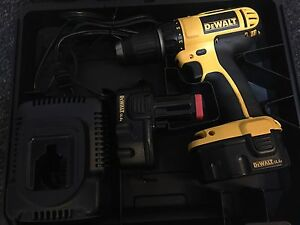 Dewalt cordless drill and two batteries