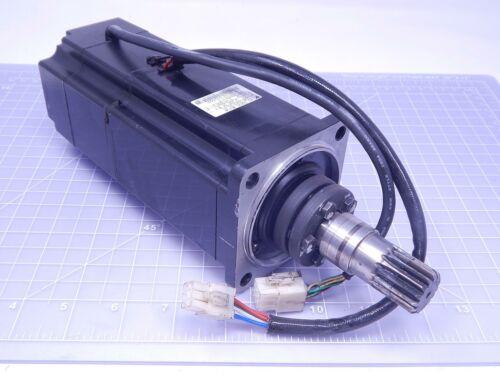 Yaskawa SGM-08A312C-Y1 Servo Motor 750 W 200 V 4.4 A 3000 RPM T135560