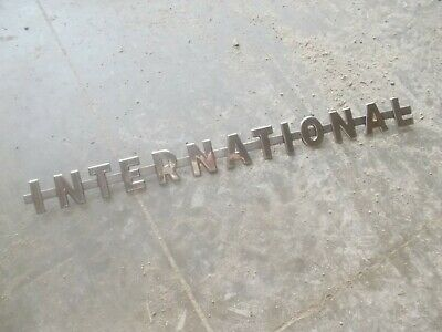 International 350 300 Ut Utility Ihc Tractor Nice Original Chrome Hood Emblem