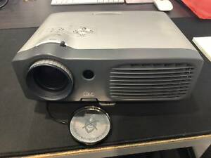 Optoma EP739 Projector with spare globe and extra 10m cable Labrador Gold Coast City Preview