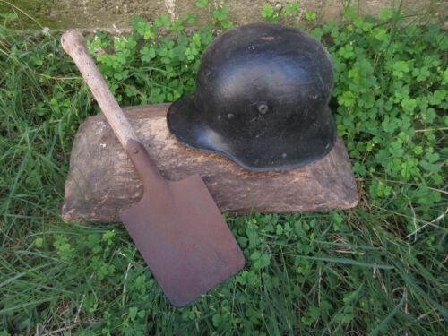 VTG RARE WWI WW1 ORIGINAL GERMAN IMPERIAL COMBAT HELMET M 16 & TRENCH SHOVEL