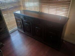 Timber Buffet Unit Chelsea Heights Kingston Area Preview