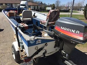 Fishing boat 14' w. 40 HP Mariner and trailer!