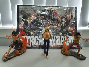 One Piece Figurines & Poster