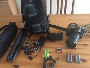 Nikon D200 with 18-135mm bundle( battery grip, tripod etc) Denistone East Ryde Area Preview