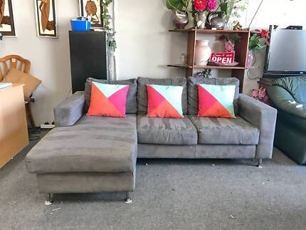 TODAY DELIVERY BEAUTIFUL MODERN GREY L SHAPE couch QUICK SALE