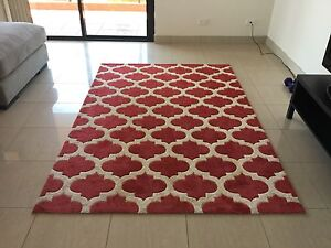 Red and white patterned rug Terrigal Gosford Area Preview