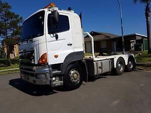 HINO 700 SS1E Prime Mover Truck Sydney City Inner Sydney Preview