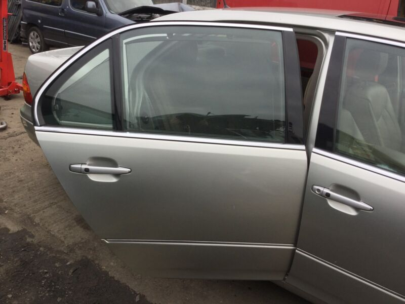LEXUS LS430 DRIVER SIDE REAR DOOR COLOUR CODE 1CO 2003