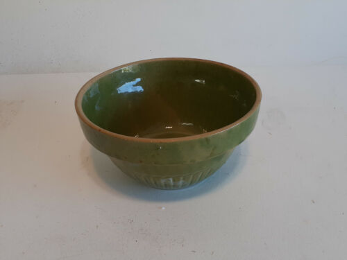 Very Nice Antique Yelloware Bowl in Attractive Green Glaze