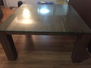 Nick Scali Dining Table Cleveland Redland Area Preview