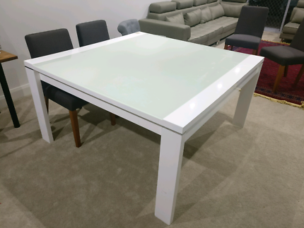 HARVEY NORMAN DINING TABLE WITH COFFEE SIDE TABLE Dining Tables