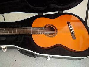 Yamaha CG111S Classical Guitar + Case Parkwood Gold Coast City Preview
