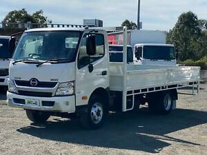 Hino 300 Series 921 | Dropside Tray | Automatic Windsor Hawkesbury Area Preview