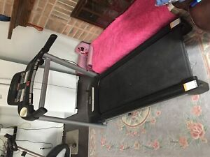 Tempo fitness 632T treadmill